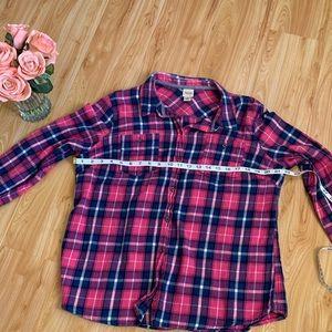 Cute button up shirt